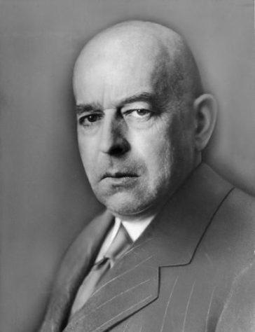 Gli ultimi trionfi del denaro e della macchina nella filosofia della storia di Oswald Spengler